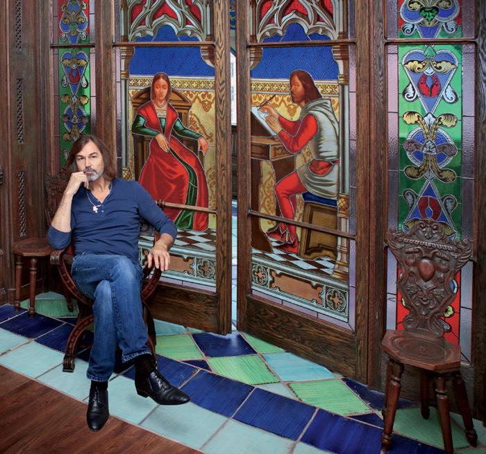 запрещается никас сафронов квартира фото тышкары санжыра