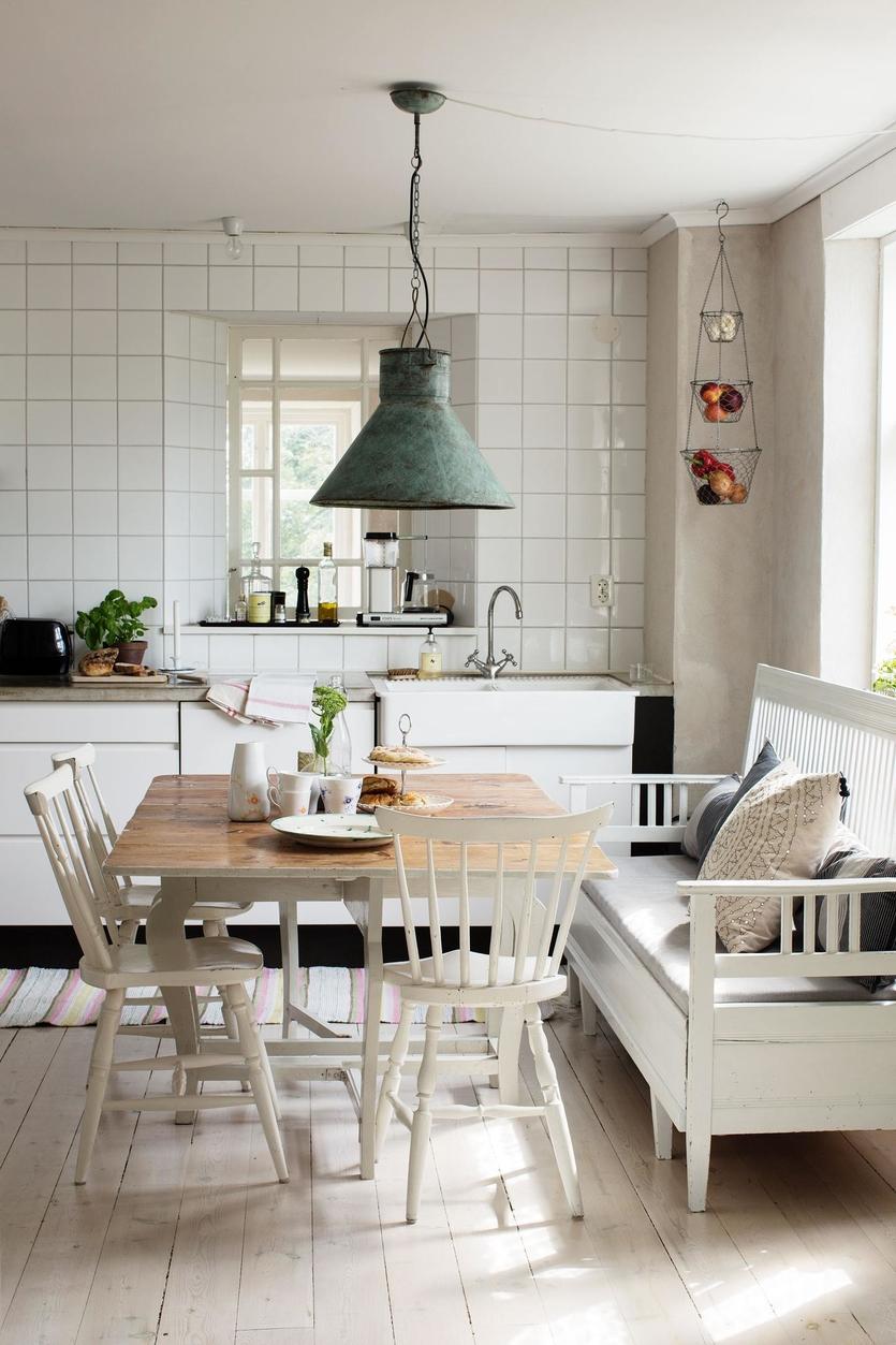 Скандинавский стиль в интерьере загородного дома: идеи + фото