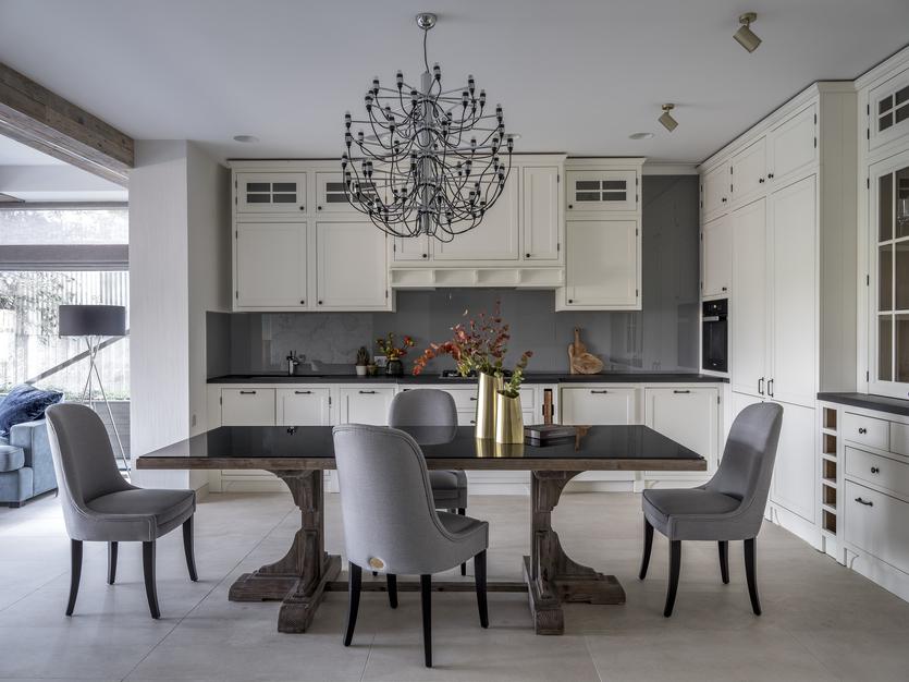 Дизайн кухни в частном доме: лучшие решения и фото