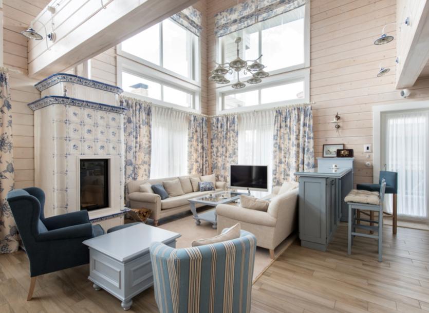 Дизайн внутри деревянного дома из бруса: фото-примеры, советы, готовые решения