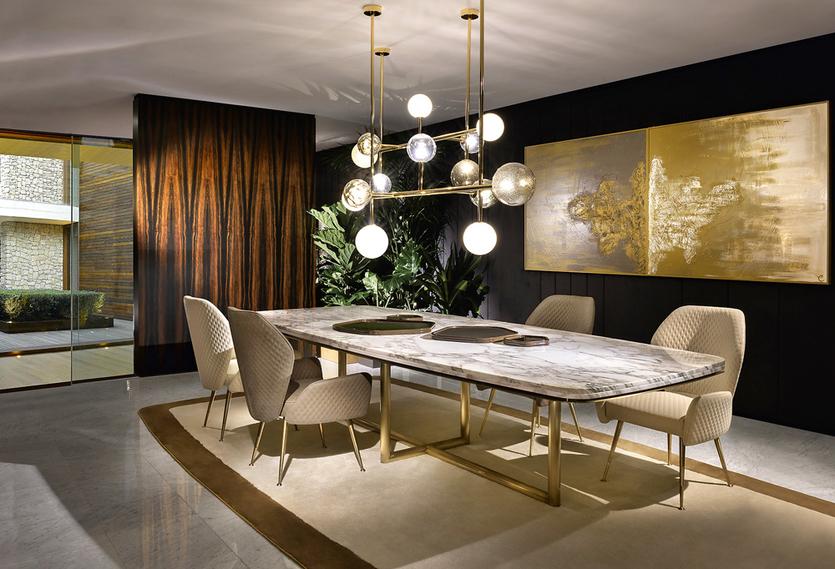 Обеденные столы как основа любой столовой